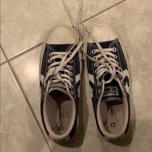 Converse all star size 7 mens shoes